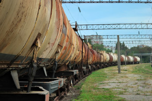 train transports old tanks
